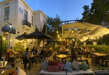 Cuento Corto: el increíble bar del barrio República con copas de vino a $ 1.000