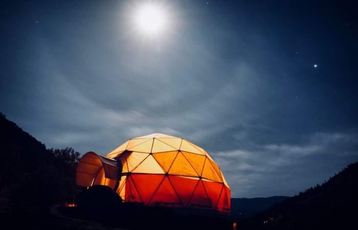 El apacible domo a los pies del parque La Campana que puedes arrendar en Airbnb