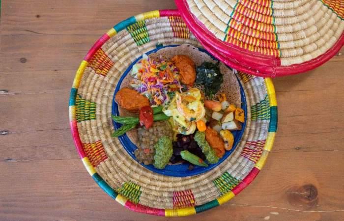 Así es Injera, el único restaurante de cocina africana en Santiago