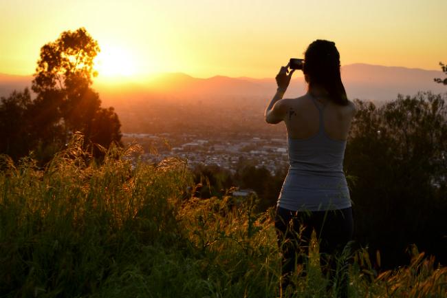 Comienza el 2021 con un trekking gratuito y al atardecer en el Parque Mahuida