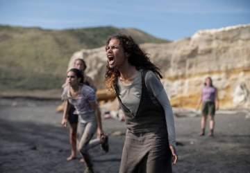 Salvajes: la imperdible serie juvenil de Amazon Prime que une drama y sobrevivencia