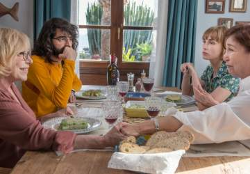 Salir del ropero: el amor no tiene edad en la divertida nueva comedia española de Netflix