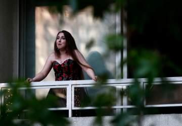 Santiago a Mil lleva conciertos de ópera gratuitos a los balcones de la capital
