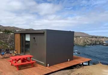 """Relájate frente al mar en esta preciosa """"tiny cabin"""" en Los Vilos disponible en Airbnb"""