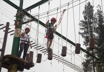 Los puentes colgantes y canopy del Parque Aventura vuelven al cerro San Cristóbal