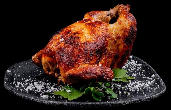 Black Chicken: el delivery de pollo rostizado que robará tu corazón