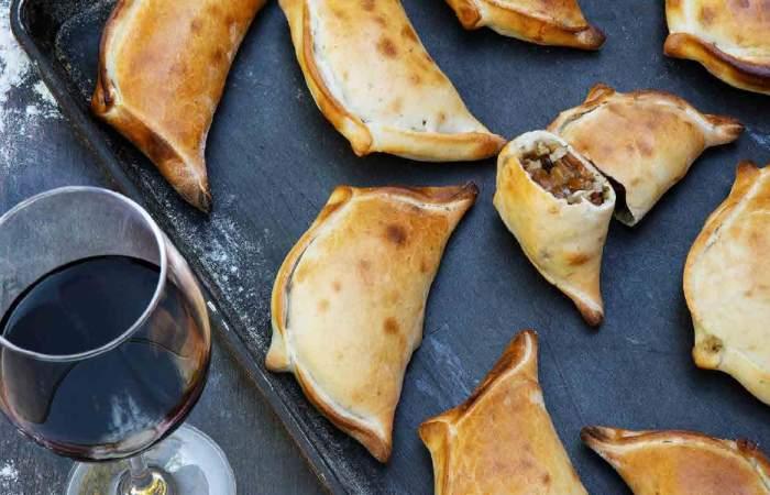 Lúcete en la cocina con esta receta de empanadas de cochayuyo