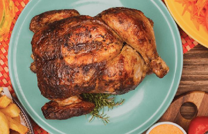Pollo a las brasas a domicilio: directo del asador a tu puerta