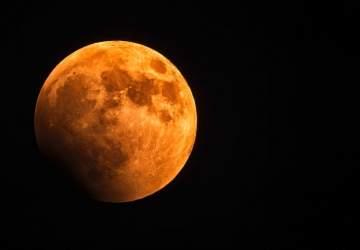 """Cuándo y cómo ver el nuevo eclipse lunar y el fenómeno de la """"luna de sangre"""""""