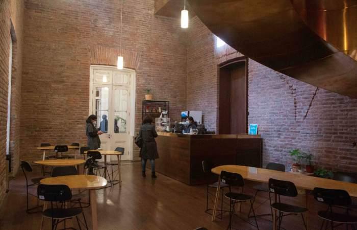 La Huérfana, la cafetería patrimonial que llena de sabor el hermoso Palacio Pereira