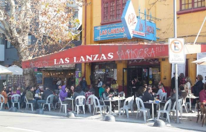 #MelanzoxLasLanzas: el concierto solidario para salvar a la legendaria fuente de soda de Plaza Ñuñoa