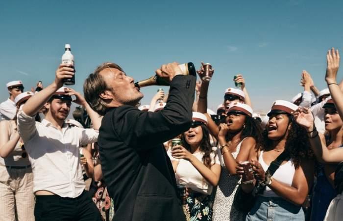 Otra ronda: la embriagadora película ganadora del Oscar llega a Netflix