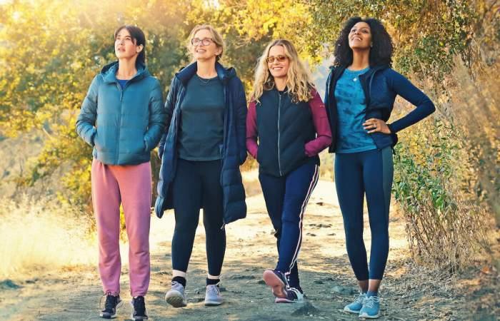 Al borde: la serie de Netflix que refleja con humor los conflictos de cuatro amigas de la mediana edad