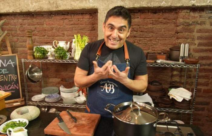 El chef Álvaro Barrientos revela la receta y secretos de la empanada de pino perfecta