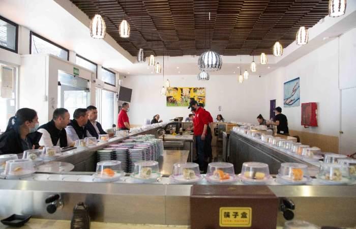 Yuju Sushi: la barra para comer todo el sushi que quieras por $8.000