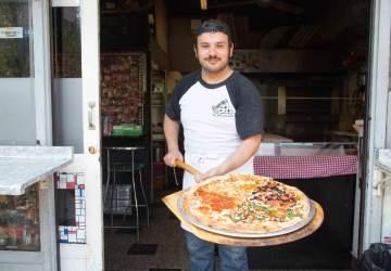 Danny's New York Style Pizza: la pizzería de barrio con trozos desde $1.690